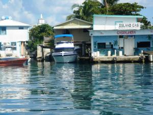 Boat getting gas in the Key